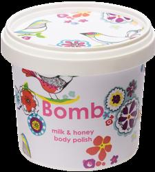 Bomb Cosmetics Peeling pod prysznic Mleko z miodem 400g