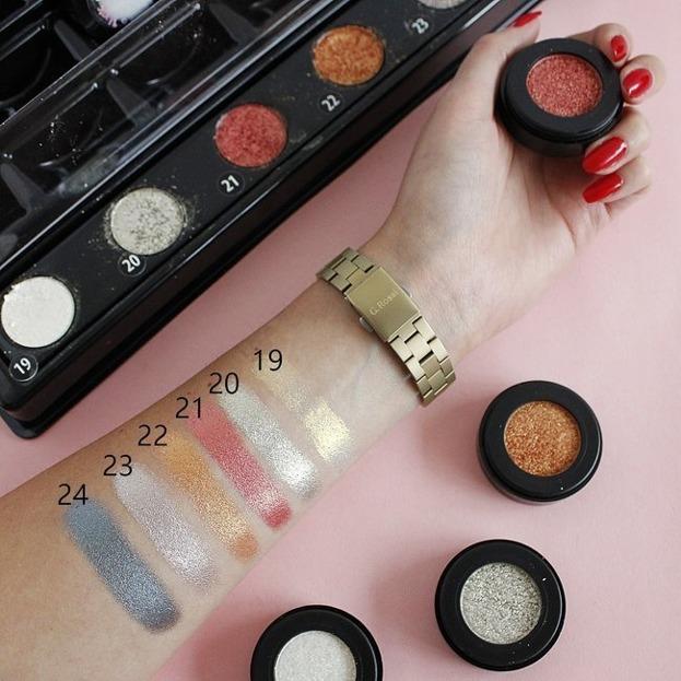 Constance Carroll Turbo pigment Eyeshadow Pigment do powiek 22