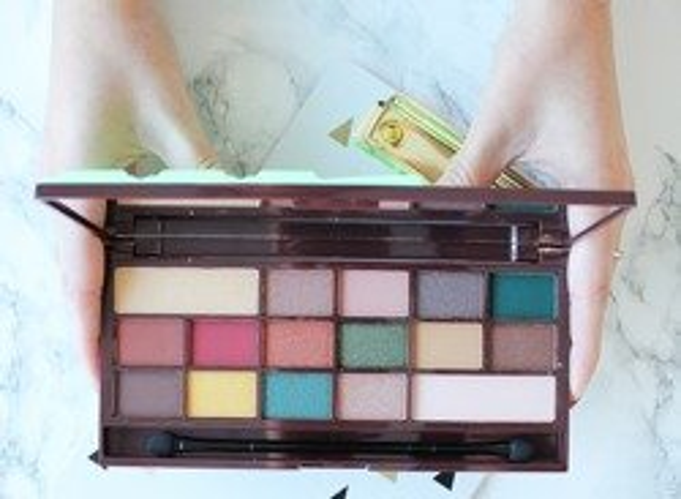 Makeup Revolution  I Heart Makeup CZEKOLADA Mint Chocolate Paleta cieni do powiek